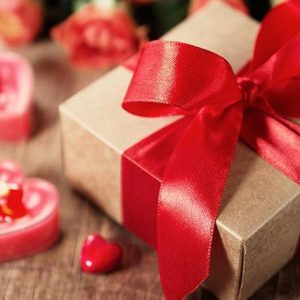 Valentines Gift Ideas For Her: Romantic and Creative Gifts That Will Impress