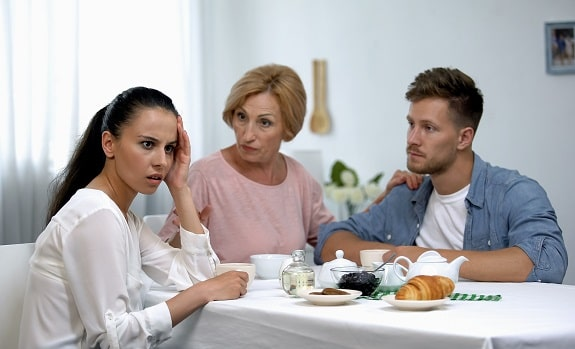 Toxic Mother in Law Making Wife Look Bad