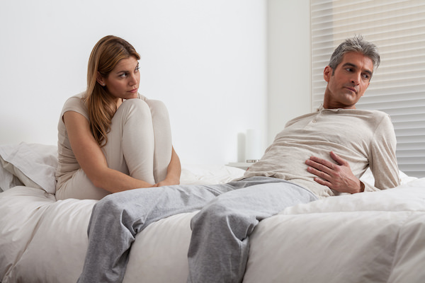 Signs Your Husband Isn't Attracted to You