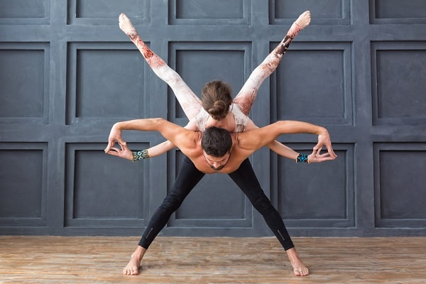 Acroyoga Trust Building Couple Exercises