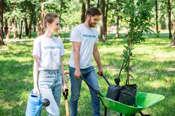 Couple Volunteering Together