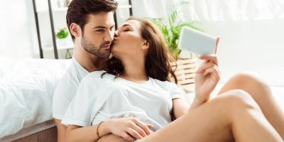 20 Genuine Signs He Loves You & Isn't Just in Lust [A Must Read!]