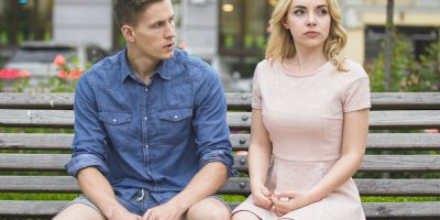17 Revealing Signs She Doesn't Love You Anymore [According to Experts]