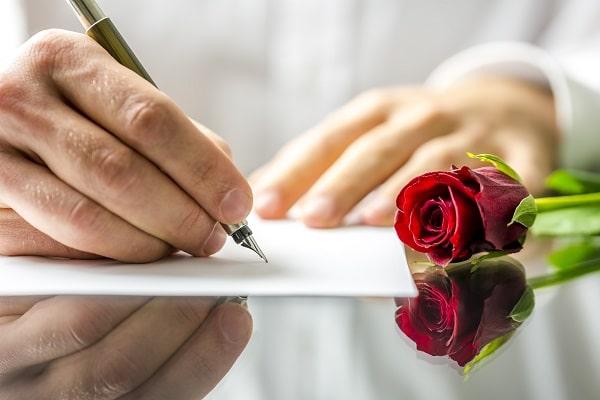 Writing Romantic Love Note